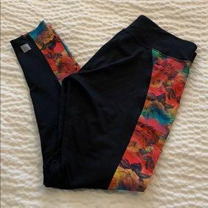 LuLaRoe jade floral workout leggings